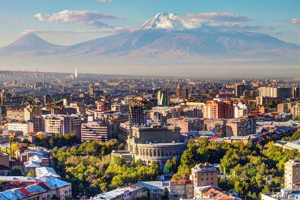Пеший тур по Еревану   Bustourma
