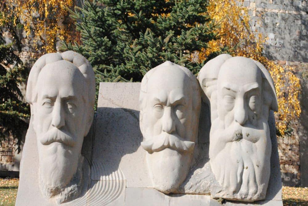 Цахкадзор-Дом музей братьев Орбели-Севан | Bustourma