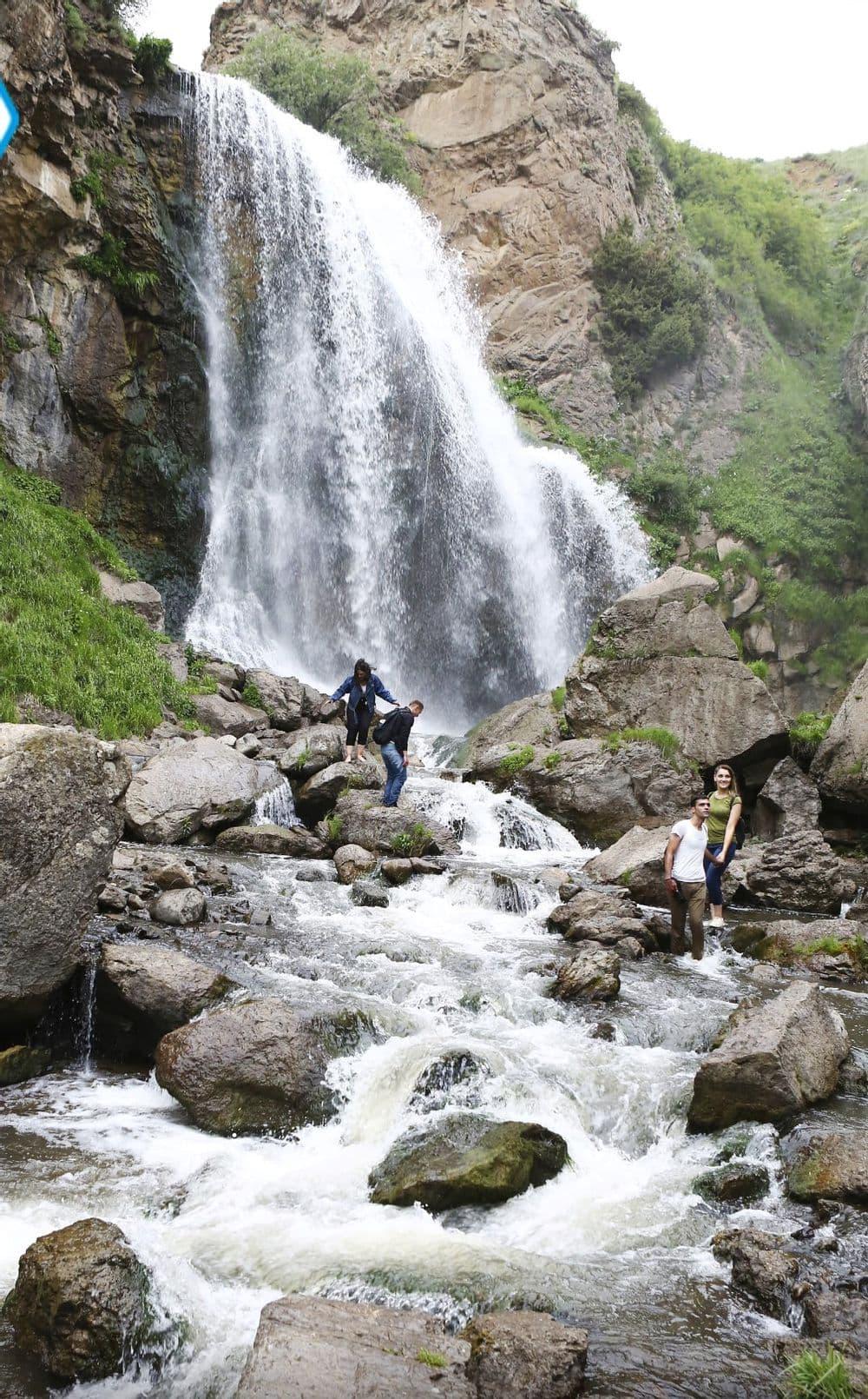 На грузовике к водопаду Трчкан | Bustourma